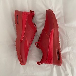 NEW Nike Air Max Thea in Triple Red